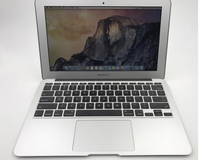 Te Koop MacBook Air 11″ 460€  SOLD!